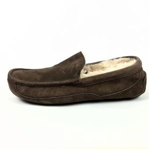 UGG Ascot Moccasin Slippers Mens Size 10 EUR 43
